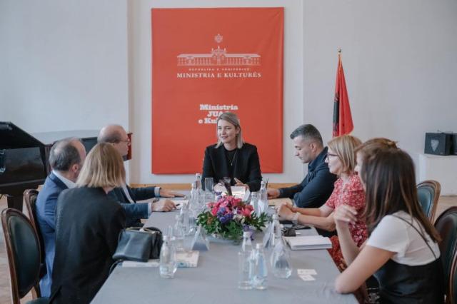 Kültür Bakanı Margariti : Çağdaş sanatın uluslararası arenasında Arnavut sanatçılar