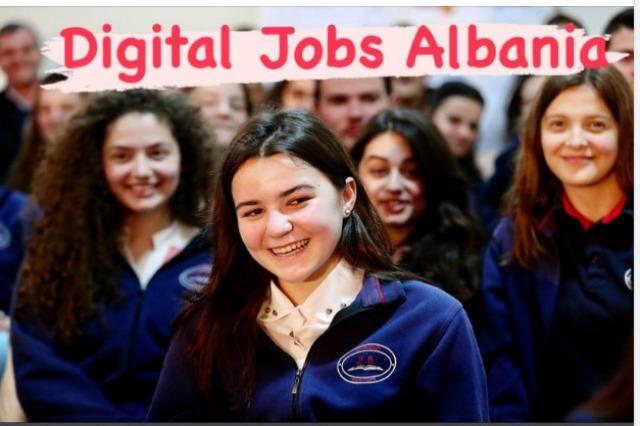 Dünya Bankası desteği : Arnavutluk'taki kadınların küresel dijital işgücü piyasasına daha fazla erişimi