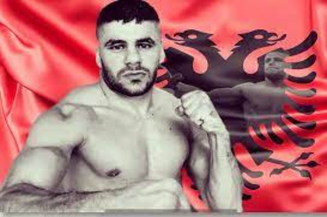 Albanian boxer Florian Marku has been declared world champion in the IBF Federation