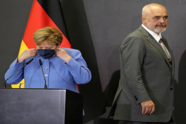 Merkel nei Balcani, 'l'Ue tenga fede ai propri impegni'