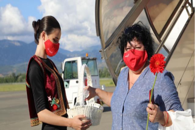 Temmuz - Ağustos aylarında Arnavutluk'u ziyaret eden charter yolcuları % 15 arttı