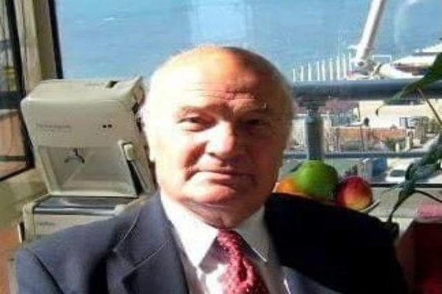 Kujtim Meçaj,  der bekannte  Regisseur und  Nachrichtensprecher im albanischen  Fernsehen ist tot