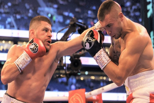 Florian Marku, IBF world champion, beats his rival in 10 rounds