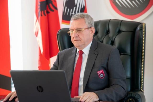 Der Präsident Duka und der Generalsekretär Shulku nahmen an der TEP-Sitzung teil