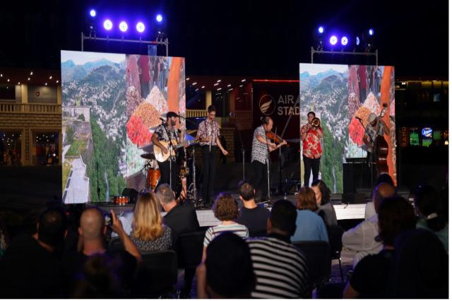 Arnavutluk-İsrail 2021 kültür festivalinin açılış gecesi Tiran'ı aydınlattı