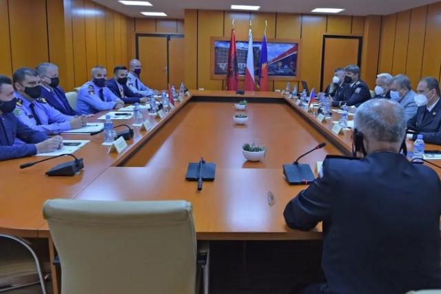 Eyalet Polisi Genel Müdürü Veliu, Çek Cumhuriyeti heyetiyle görüştü