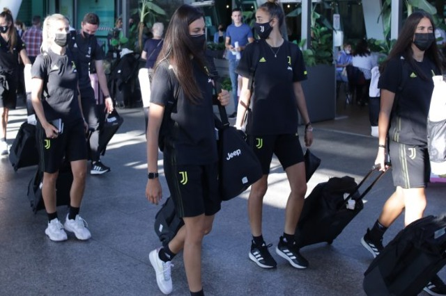 Juventus women's football team lands in Albania