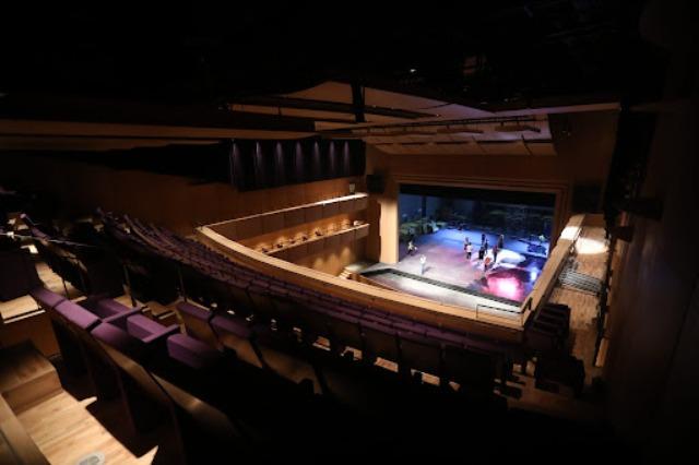 Nova moderna hala TOB otvorena je sa svetskim kolosom Placidom Domingom i Ermonelom Jaho