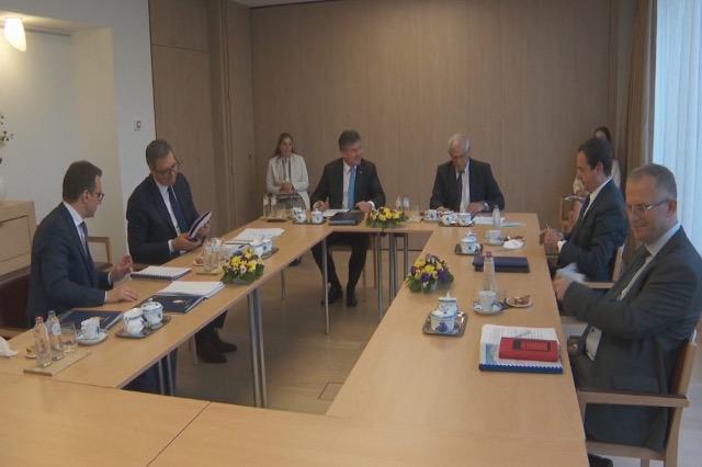 Dialogo Kosovo-Serbia, incontro di due delegazioni a Bruxelles