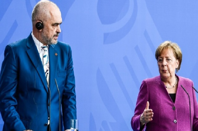 Merkel visits Tirana today together with the heads of six Western Balkan countries'governments
