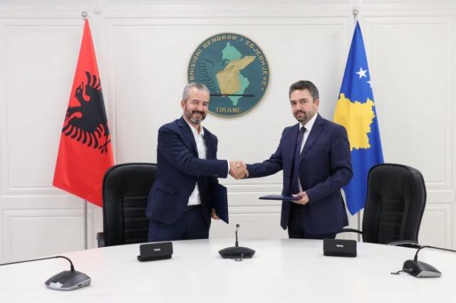 L'accord est signé, l'Albanie donne des caméras au Kosovo pour les élections