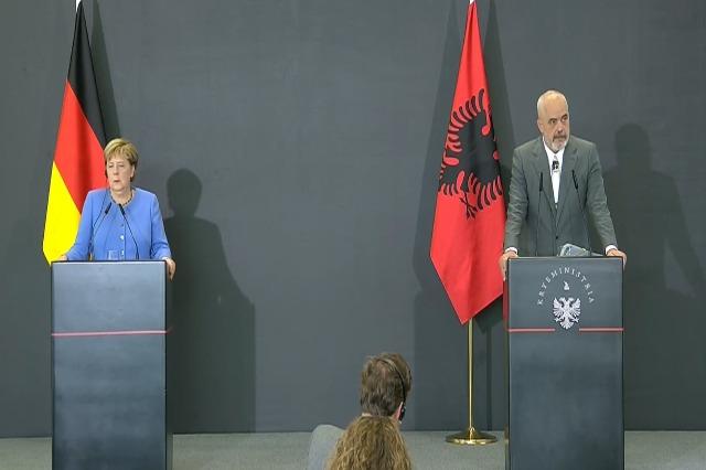 """Merkel : """"Open Balkans """" ne peut pas remplacer le marché régional commun"""