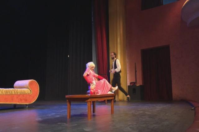 """""""Una signora dall'Argentina"""" riporta il pubblico nella sala Skampa"""