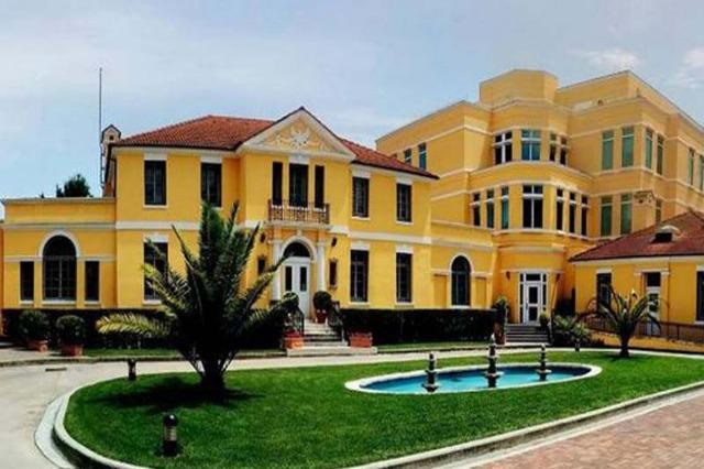 Η αμερικανική πρεσβεία συνεχάρη τον Μπασά