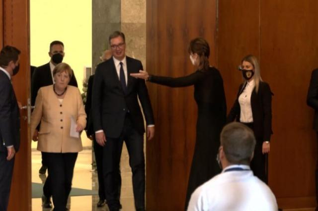 Aleksandar Vučić erklärte heute in Belgrad, dass  die Bundeskanzlerin Angela Merkel  das Projekt Open Balkan in Tirana präsentieren wird