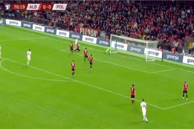 """Albanien hat gegen Polen in """"Air Albania 0 zu 1 verloren"""