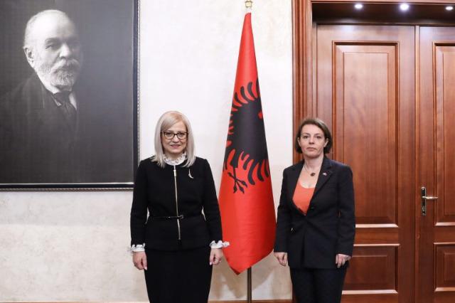 Meclis Başkanı Nikolla, Kosova Başbakan Yardımcısı ve Dışişleri Bakanı Gërvalla ile görüştü