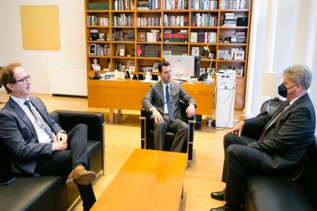 Basha mit dem Botschafter Steiner: Österreich unterstützt Albanien bei Integrationsherausforderungen