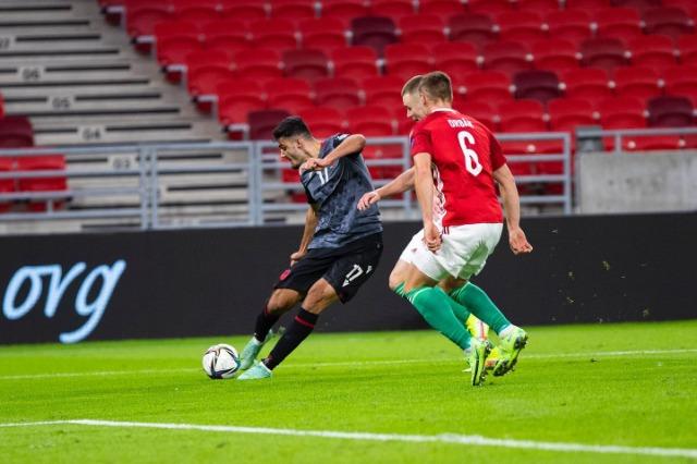Fantastica azione del talento Broja, 3 punti all'Albania