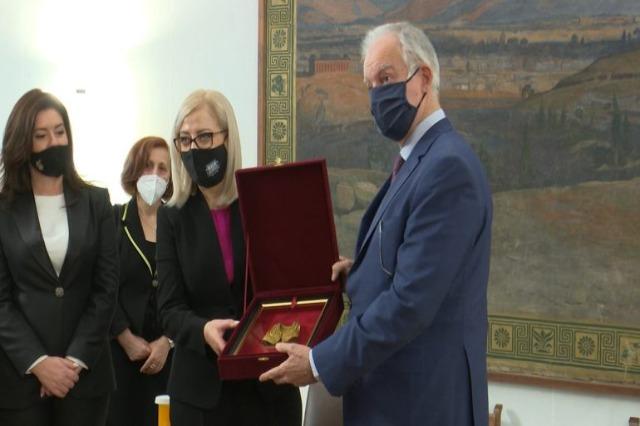 Die albanische Parlamentspräsidentin, Lindita Nikolla, hat einen offiziellen Besuch in Griechenland begonnen