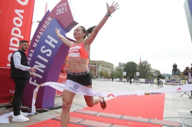 In der Hauptstadt Tirana fand der Marathonlauf mit  2500 Teilnehmern statt