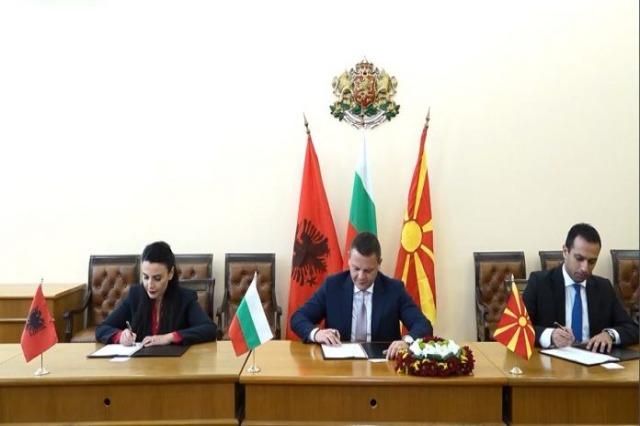 Corridor 8, mémorandum de coopération entre l'Albanie, la Bulgarie et la Macédoine du Nord