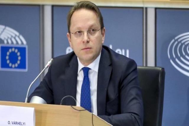 Varhelyi s'oppose à la séparation de la Macedoine de Nord de l'Albanie dans le processus d'adhésion