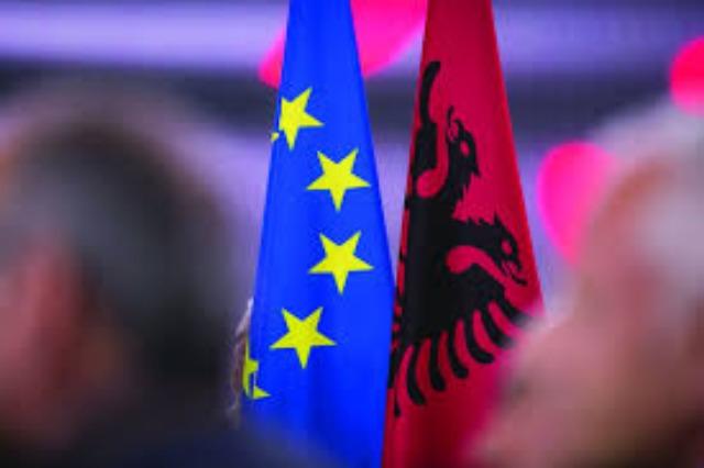 Hörer fragen Radio Tirana